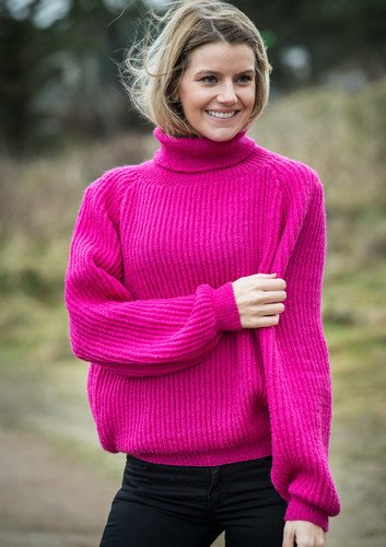 Strikket pink sweater